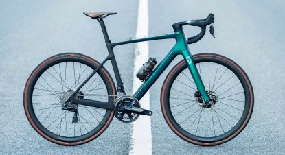 The lightest road e-bike: the new Scott Addict e-RIDE